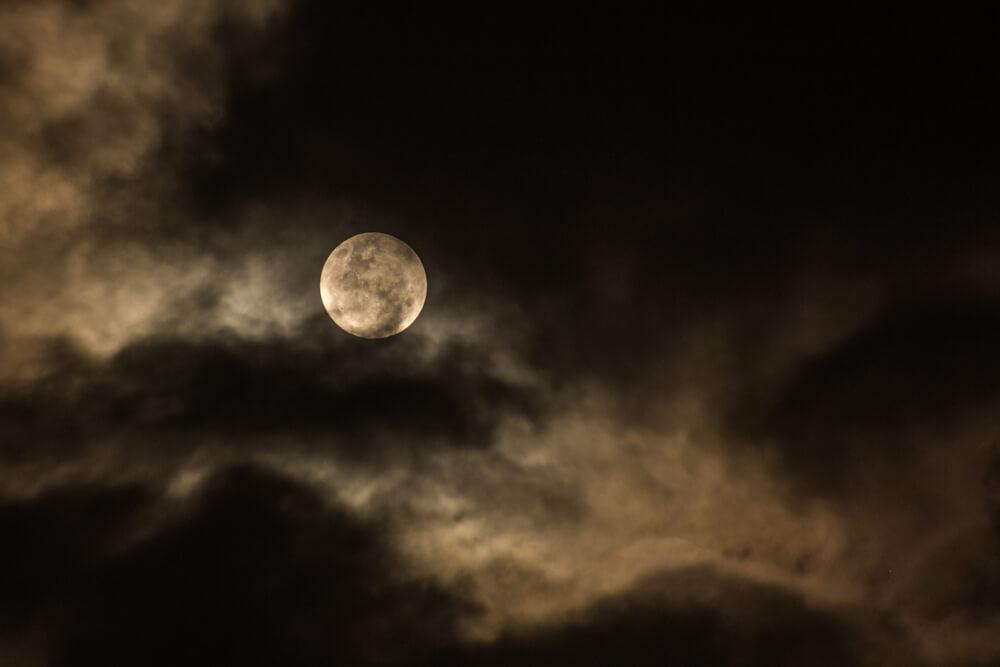 年末年始の過ごし方_新月満月の法則