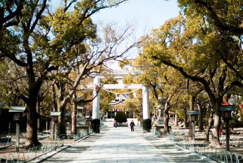 楠木正成公を祀る神戸の神社「湊川神社」