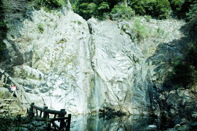 布引の滝「雄滝」