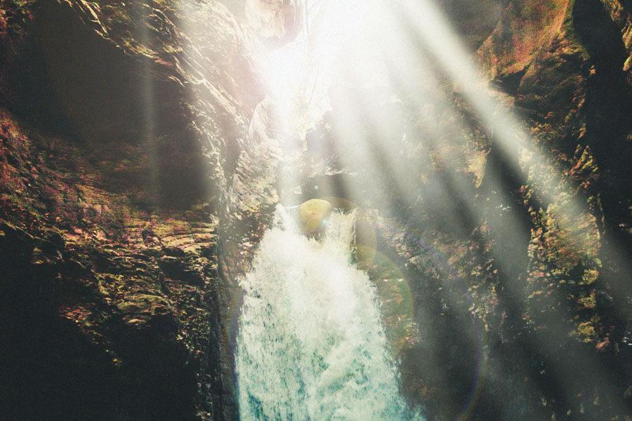 光のシャワー